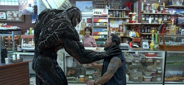 【写真を見る】スパイダーマンに振り回され続け…ヴェノムの映画化への道のりが大変!