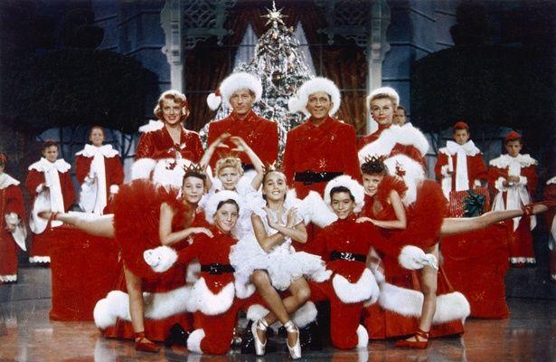 【写真を見る】クリスマスに観たい映画といえば?(『ホワイト・クリスマス』)