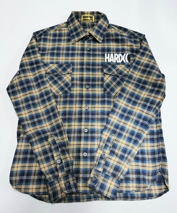 『ゼイリブ』でロディ・パイパー演じるネイダが着ていたネルシャツをイメージした「HARDCC レジスタンス・ネルシャツ」