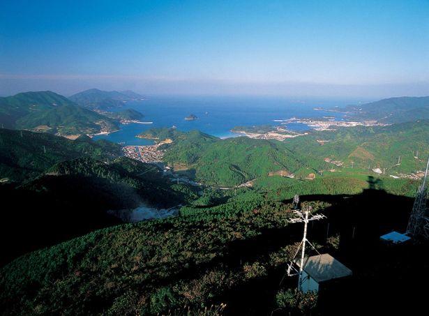 有川町より上五島を望む