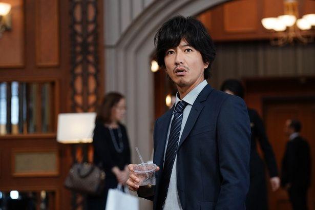 木村拓哉演じる粗暴な刑事が一流ホテルマンに変身!