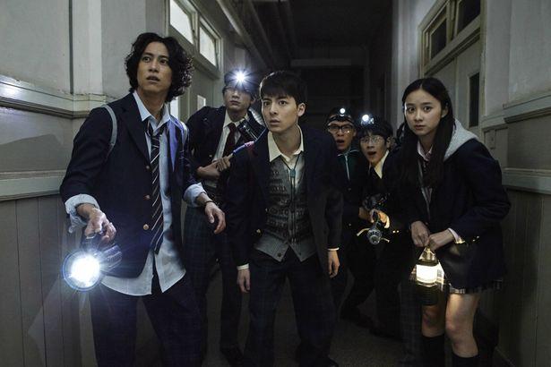 小林少年や明智小五郎の末裔が、数々の怪事件に挑む!