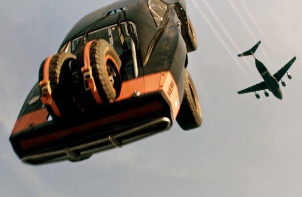 クライマックスでのブライアンとの別れは、涙なしには観られない…!『ワイルド・スピード SKY MISSION』