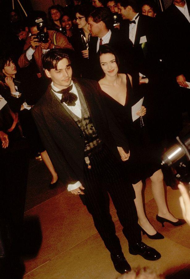 """【写真を見る】""""映画のような恋""""を体現した、ジョニー・デップ×ウィノナ・ライダーだったが…"""
