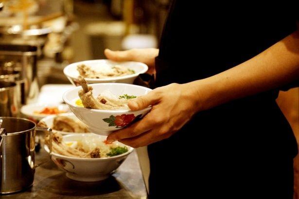 【写真を見る】松田聖子も虜になった?おいしそうなシンガポール料理たち