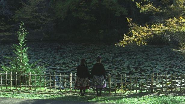 普段は声優として活躍する五十嵐裕美と秦佐和子の演技にも注目(『Episode 3』)