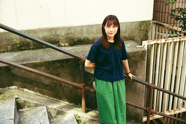 公開中のオムニバス映画『21世紀の女の子』で監督した『愛はどこにも消えない』が好評を博している松本監督