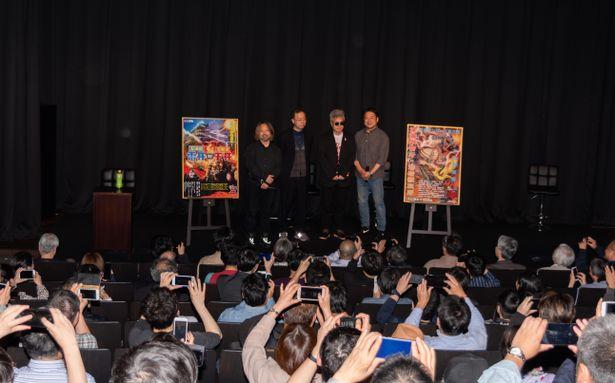 平成の怪獣映画を盛り上げた2人の登場に、会場はもちろん林家監督も大興奮!