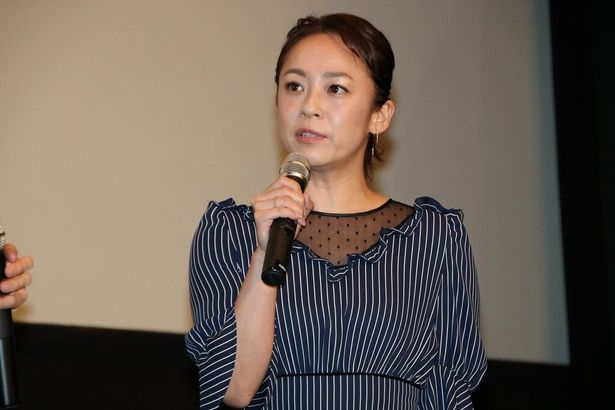 倉橋雅美役の佐藤仁美