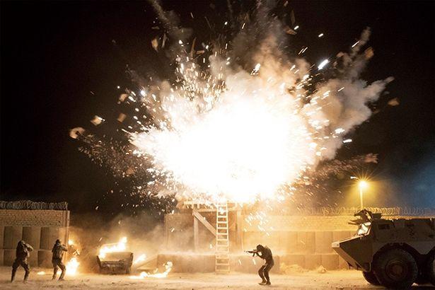 派手な爆破シーンや銃撃戦など毎回驚きのアクションが連続!