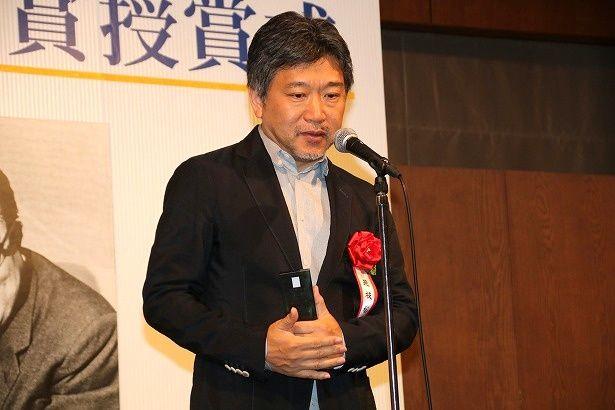 藤本賞を受賞した『万引き家族』の是枝裕和監督