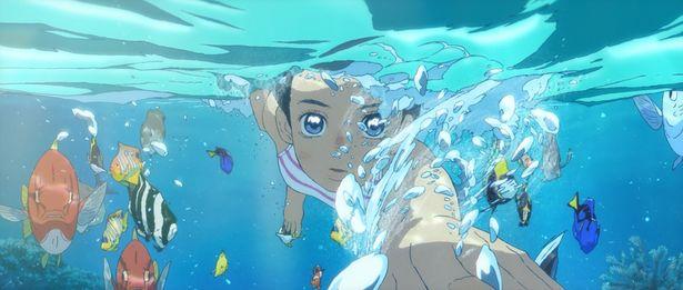 幻想的な海の世界を描く映像美にも注目!(『海獣の子供』)