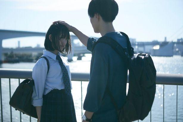 【写真を見る】イケメン俳優の頭ポンに思わずドキッ…