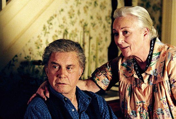 『スパイダーマン』。マグワイア版のベンおじさんとクリフ・ロバートソン)とメイおばさん(ローズマリー・ハリス)