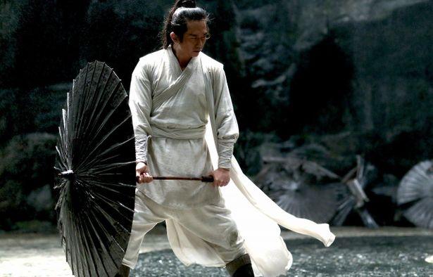 2ヶ月間で逞しい肉体を完成させ、影武者役を演じたダン・チャオ