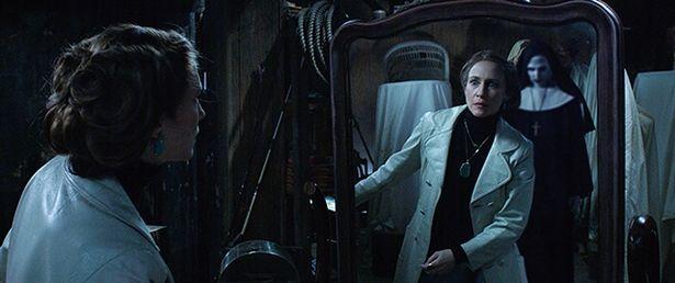 『死霊館 エンフィールド事件』でロレイン・ウォーレンはヴァラクと対決