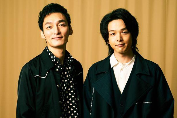 草なぎ剛と中村倫也が兄弟役として初共演!