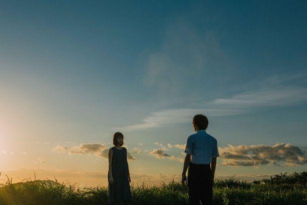風景と若手俳優の演技が相まり、作品の世界観を構築している