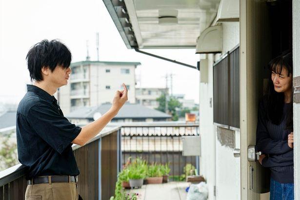 ある辛い出来事に襲われてしまう靖子の感情の揺れ動きを、見事な演技で体現している