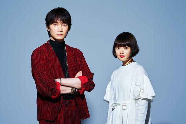 【写真を見る】どこか似た空気も感じさせる、綾野剛と杉咲花。映画に託した想いを語った