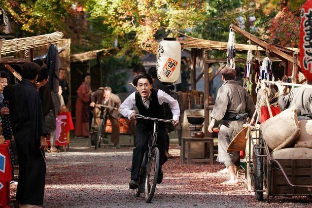 成田凌が新米の活動弁士に。豪華メンバーと共に映画創成期を駆け抜ける!