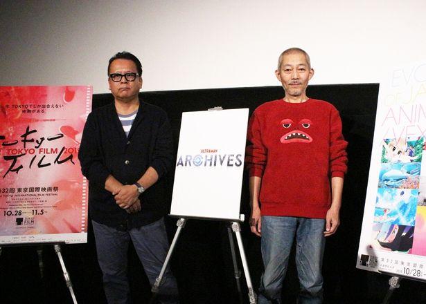 【写真を見る】スペシャルゲストとして脚本家の伊藤和典(右)が登壇。MCは映画評論家&ジャーナリストの清水節(左)が務めた