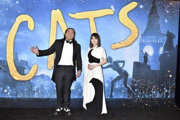 日本語吹替声優を務めたロバート秋山と葵わかなが『キャッツ』ワールドプレミアへ!