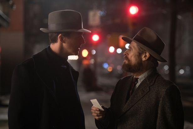 ノートンが演じるのは、障害と超人的な記憶力を持つ私立探偵