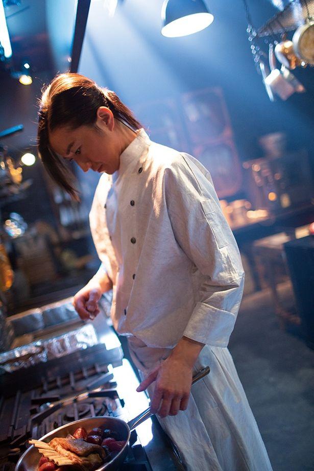 想像をかき立てる料理を生むボンベロの写真は監督の撮り下ろしだ
