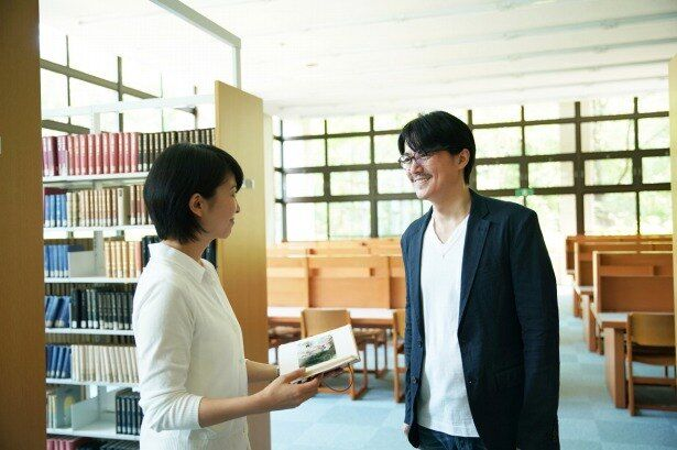 【写真を見る】松たか子と福山雅治の共演シーンに胸キュン