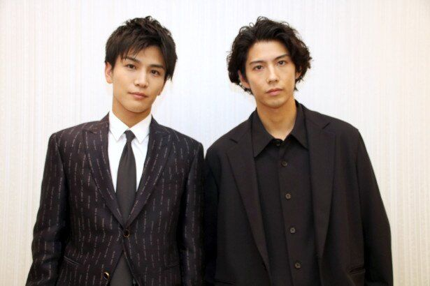 『AI崩壊』で共演した賀来賢人と岩田剛典