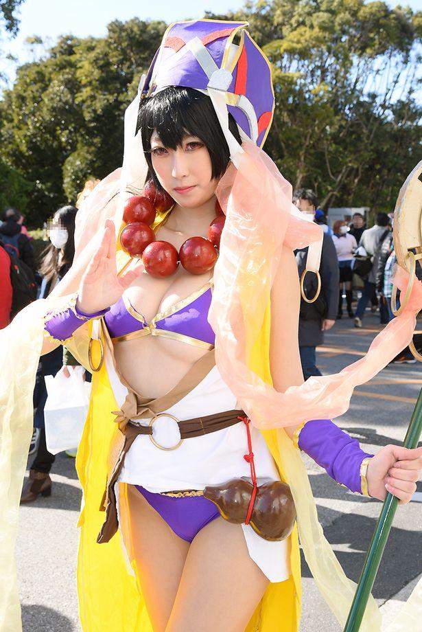 「Fate/Grand Order」の玄奘三蔵に扮する照井るゐさん