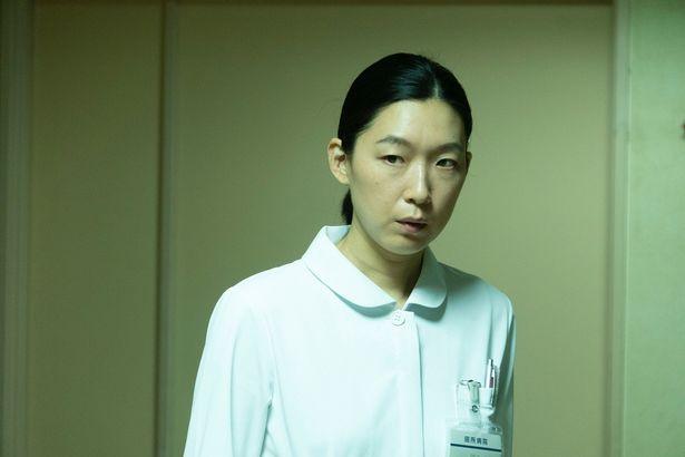 病院を熟知した冷静沈着な看護師の東野も怪しい…