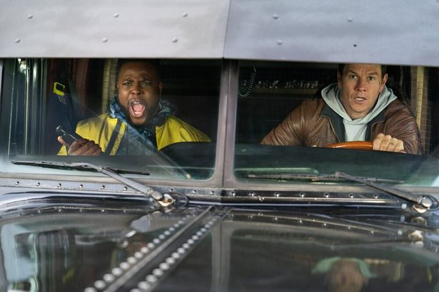 マーク・ウォールバーグが前科者の元警察官を演じる『スペンサー・コンフィデンシャル』