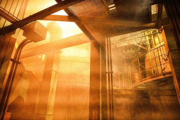 本物の原子力発電所を見学するなど、入念に下調べが行われた