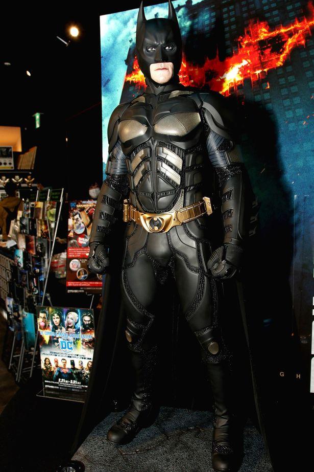 このイベントが初お目見えの場となっている『ダークナイト』版バットマン1/2スケール