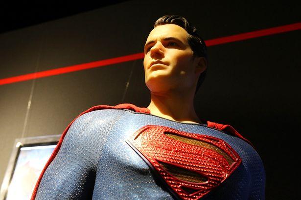 こちらは『バットマン vs スーパーマン ジャスティスの誕生』をモデルとしたアイテム