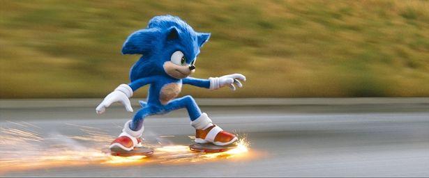 【写真を見る】楽しく学んで、足も速くなる!?おばたのお兄さんの特別動画で『ソニック・ザ・ムービー』を楽しみ尽くせ