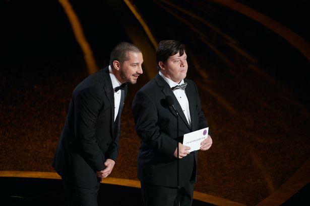 """【写真を見る】""""ハリウッドの問題児""""シャイア・ラブーフを改心させたザックとの友情!2人揃ってアカデミー賞のプレゼンターも"""