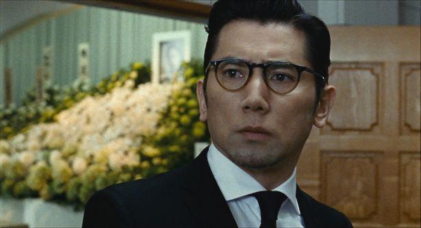 【写真を見る】NHK大河ドラマ「麒麟がくる」で熱演中の本木雅弘が主役を務めた『永い言い訳』