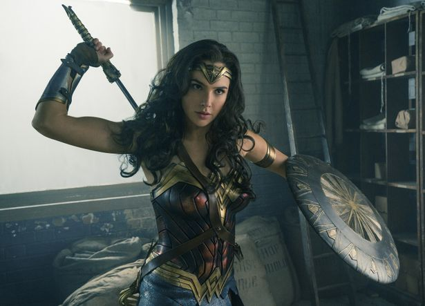 ロッテン・トマトで高評価を獲得している、DCコミックス映画をチェック!