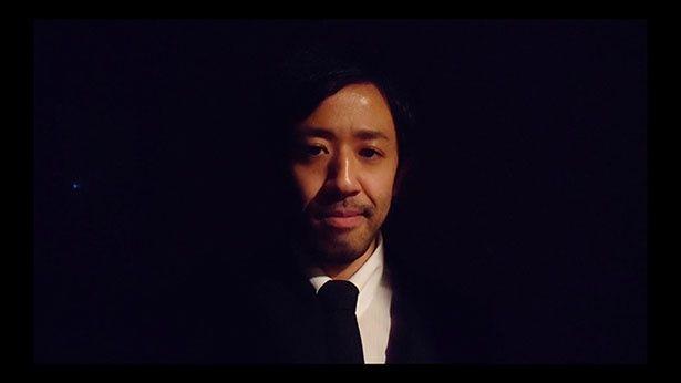 主演の濱津隆之は「完全リモート、完全自撮りならではの粗さもまた、面白味のひとつになっている」とコメント