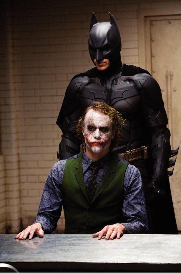 バットマンからの拷問にも平然としていたジョーカー(『ダークナイト』)