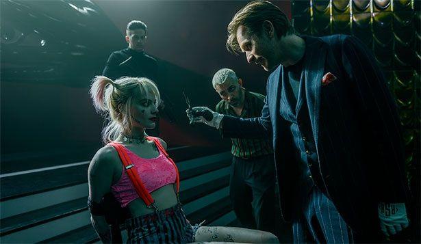 実力派俳優ユアン・マクレガーはじめ超豪華キャストによる危険度MAXのクレイジー・アクション