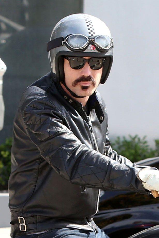マクレガー バイク ユアン ユアン・マクレガーの美人4人娘!バイクが引き合わせた?