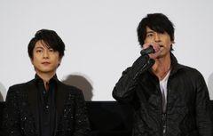 仮面ライダーシリーズに6年ぶりに出演した倉田てつを(写真右)と、仮面ライダー3号役で初参戦となる及川光博(写真左)