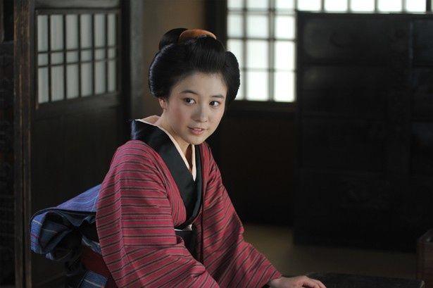【写真を見る】『合葬』で映画デビューを果たす桜井美南。町娘風の着物がよく似合っている!