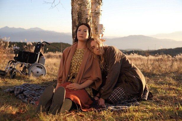 平田オリザと、ロボット研究の世界的な第一人者の石黒浩の共同プロジェクト「アンドロイド演劇」を映画化した『さようなら』