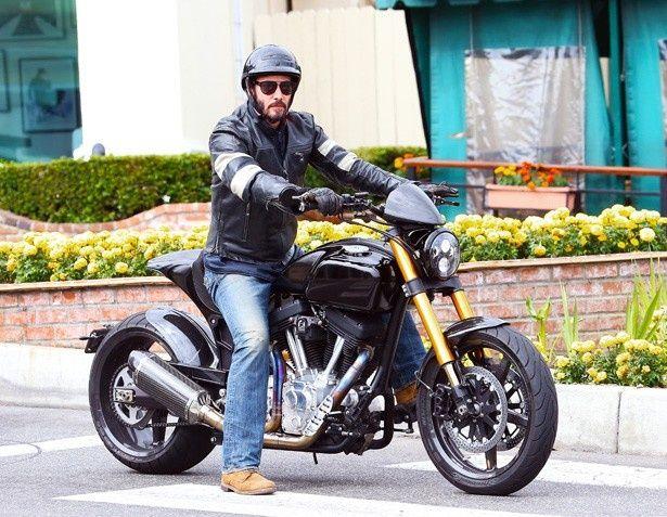 バイクはいらないけどキアヌは欲しいという女性ファンも