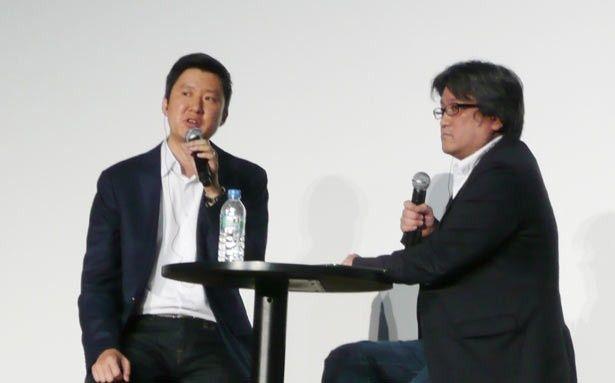 デイビッド・リー氏に質問するのは、ジャーナリストの西田宗千佳氏